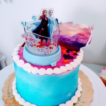How To Throw A DIY Frozen Party On A Budget